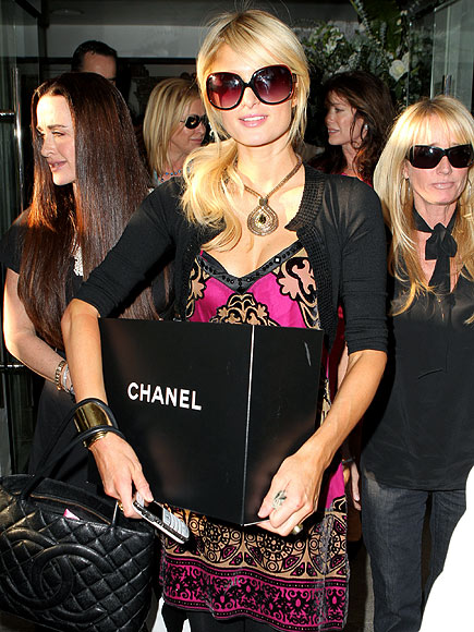 e42ef9f1a43 Every celebrity out there knows the real value of a pair of designer  sunglasses. Whether it s to hide the effects of a late night out on the  town or an ...